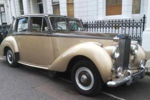 1955 Rolls-Royce Silver Dawn (Standard Steel)