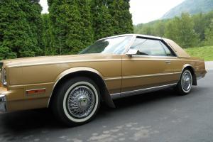 Chrysler : Cordoba Base Hardtop 2-Door