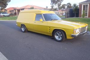 Genuine 1976 HJ Sandman Panelvan Photo