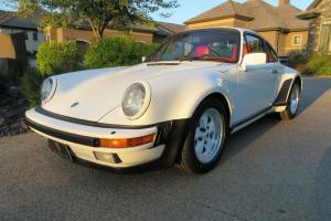 Porsche : 930
