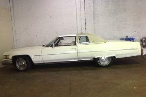 Cadillac 1975 Coupe DE Ville
