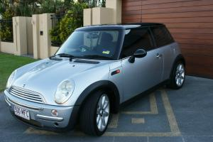 Mini Cooper 2003 2D Hatchback Manual 1 6L Multi Point F INJ 4 Seats in QLD