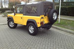 Land Rover : Defender 90
