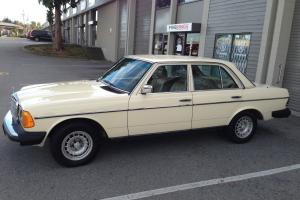 Mercedes-Benz : 300-Series 300D
