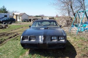 Pontiac : Trans Am T-Top with 2 door and Shaker