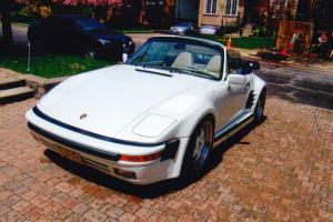 Porsche : 911 2 door convertible