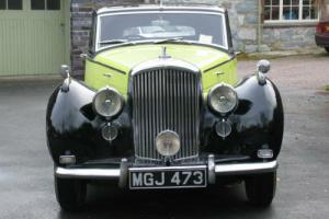 1951 Bentley MK VI H J Mulliner Saloon B272LJ