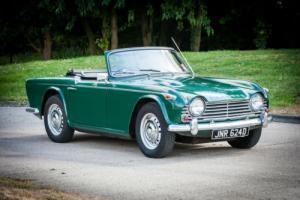 1966 Triumph TR4a Photo