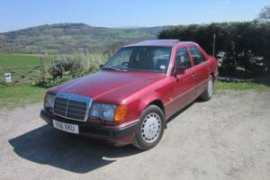 1980 MERCEDES-BENZ 300 E – 4 MATIC (4WD) (metallic ruby red)