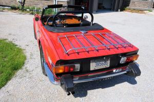 Triumph : TR-6 Black Photo