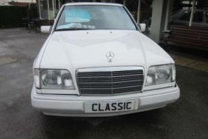 1984 MERCEDES-BENZ 280SE 126 SERIES AUTO (white)