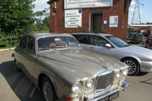 1967 Jaguar 420 4.2 Auto Silversand Colour, Photo