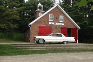 Cadillac : DeVille 4 door 6 window sedan