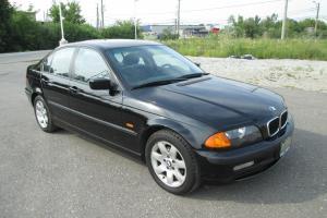 BMW : 3-Series 323i