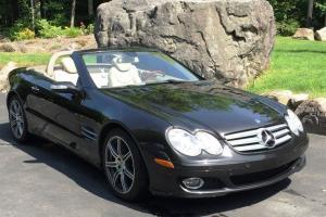 Mercedes-Benz : SL-Class SL550