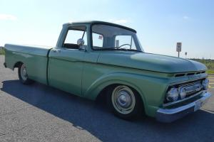 Ford : F-100 M100