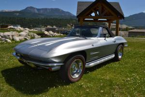 Chevrolet : Corvette Roadster Photo