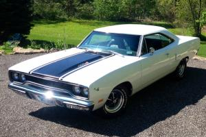 Plymouth : Road Runner 2DR COUPE