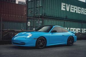 Porsche : 911 Carrera Coupe 2-Door