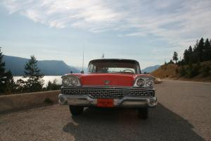Ford : Galaxie Pillarless Hardtop Sedan
