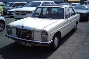 Mercedes-Benz : 200-Series base