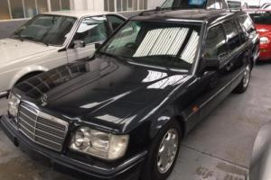 Mercedes-Benz E320T Auto W124 72k miles FSH Immaculate 7 Seats