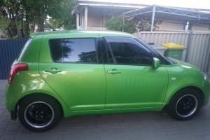 Suzuki Swift 2010 S