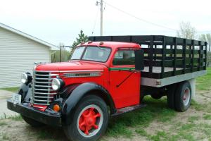 1948 Diamond T 2 Ton Truck with Hoist