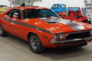 Dodge : Challenger R/T package