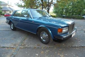 ROLLS ROYCE SILVER SPIRIT WITH JUST 26000 MILES FROM NEW.