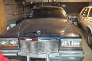 Cadillac : Brougham FLEETWOOD BROUGHAM DELEGANCE