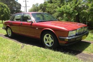 Jaguar Sovereign 1988 4D Sedan Automatic 3 6L Electronic F INJ Seats in NSW Photo