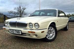 1999/T Jaguar XJ Series 4.0 LWB Sovereign