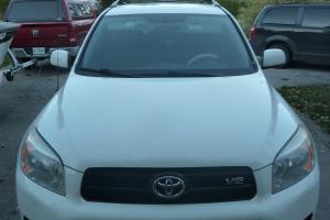 Toyota : RAV4 Base Sport Utility 4-Door