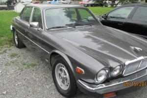 Jaguar : XJ6 Photo