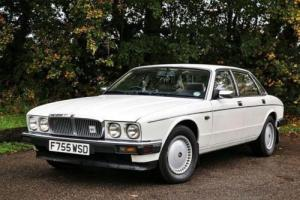 1989 Jaguar XJ6 Saloon (3.6 litre) Photo