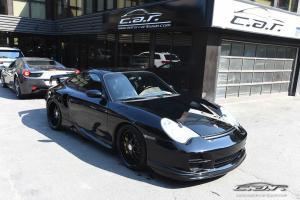 Porsche: 911 TURBO