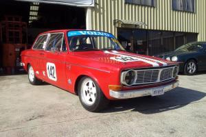 """Volvo 142 1970 2 0 LTR Manual """"Race Ready"""" Cams Historic LOG Book Race CAR in NSW Photo"""