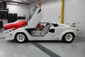 Lamborghini: Countach LP5000 QV