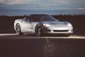 Chevrolet: Corvette Targa Top Loaded
