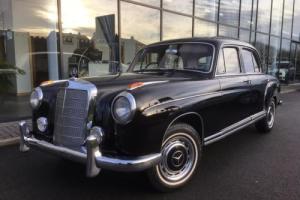 Mercedes-Benz 220 S Ponton saloon