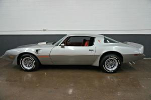 Pontiac: Firebird Trans Am Coupe 2-Door