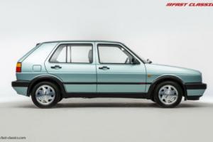 Volkswagen Golf 1.8 GTi 8v // Calypso Green // 1990