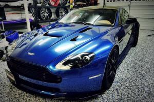 Aston Martin: Vantage