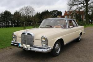 1964 Mercedes-Benz 220 SEb Fixedhead Coupé