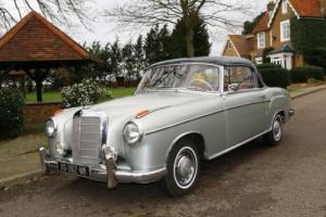 1959 Mercedes-Benz 220 SE Ponton Coupé Photo