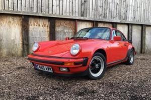 1985 Porsche 911 Carrera Photo