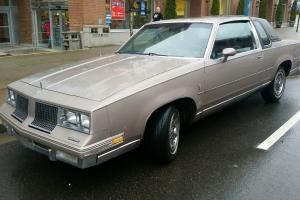 Oldsmobile: Cutlass Brougham