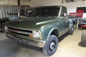 Chevrolet: C-10
