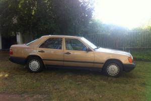 1989 Mercedes Benz 260E